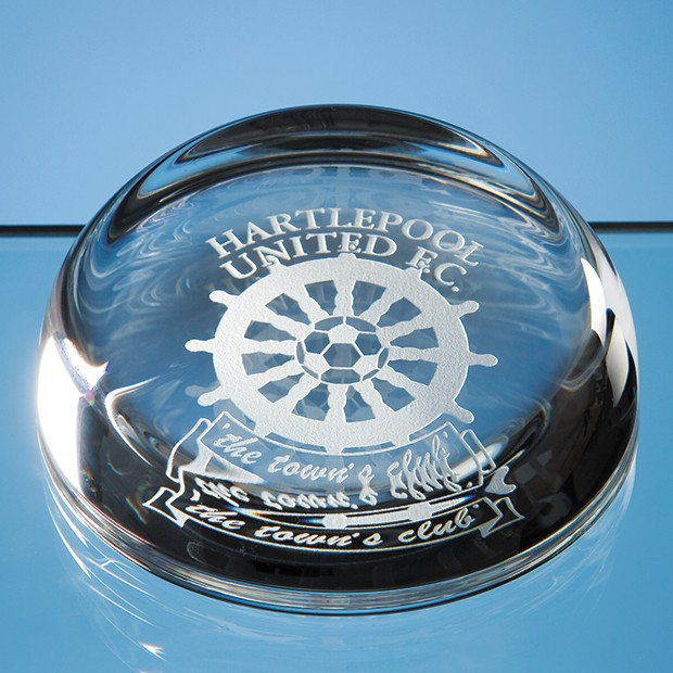 8.8cm Optical Crystal Flat Top Dome Paperweight