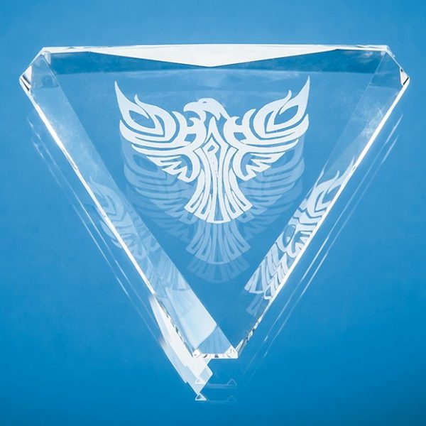 9cm Optical Crystal Facet Triangle Paperweight 1